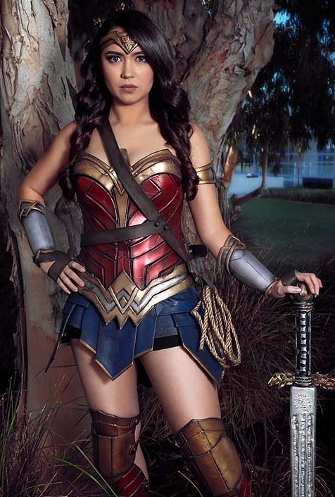 wonder woman cosplay by fans